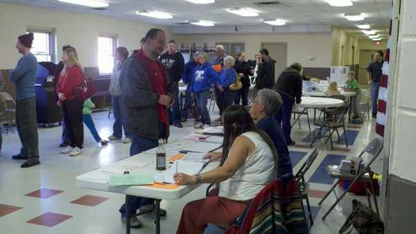 Hickory Grove Baptist Polling place.jpg