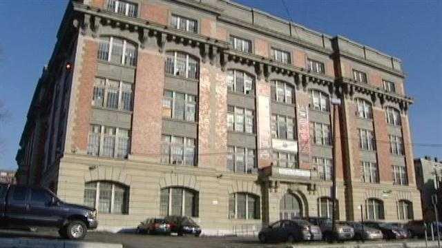 Bidding closes on unused CPS buildings
