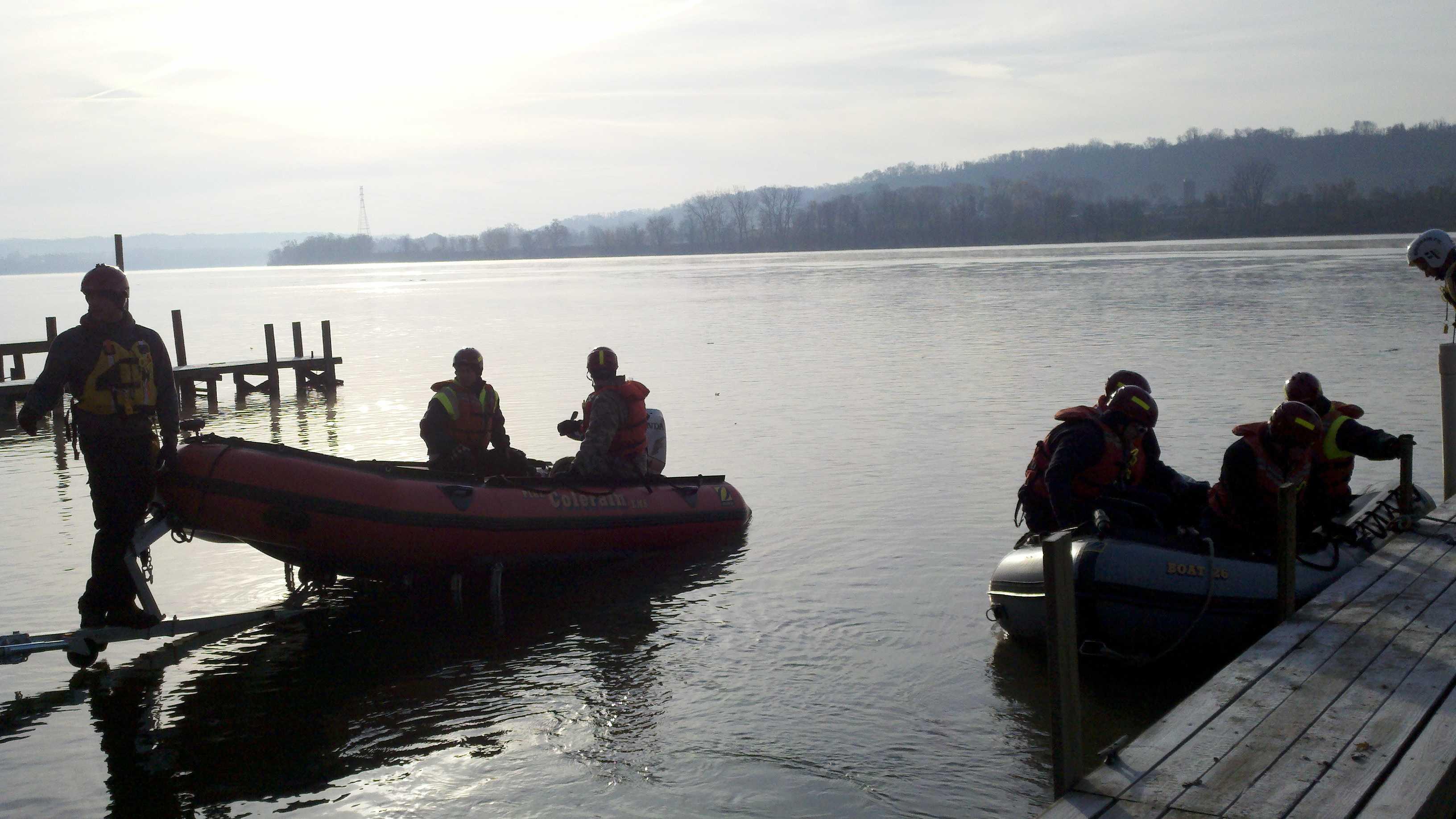 Water rescue boat (4).jpg
