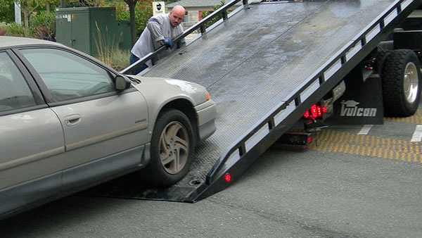 Generic tow truck.jpg
