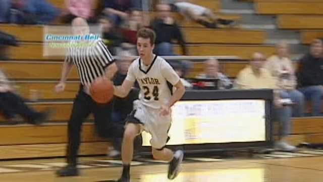 Urmston's steall & lay-in voted Cincinnati Bell Fastest Play for Dec. 28