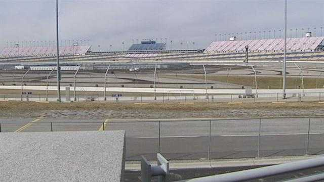 NASCAR investigating safety at Kentucky Speedway, other race tracks
