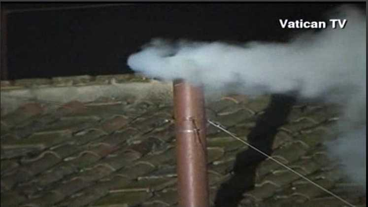 Pope smoke pic