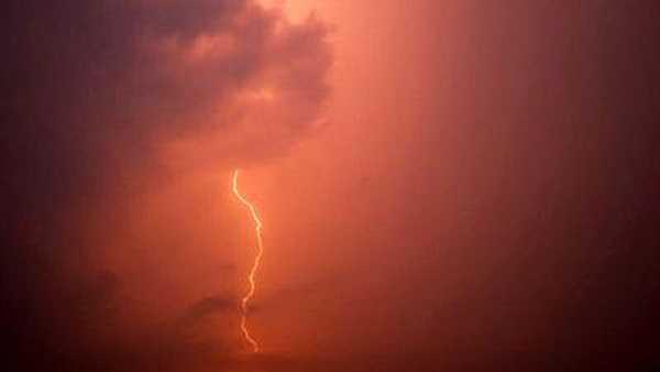 Generic lightning evening night.jpg