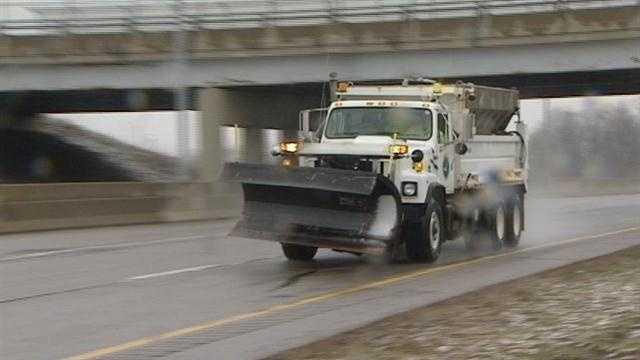 ODOT crews pretreating roads ahead of winter storm