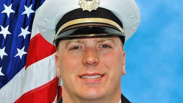 Officer Jason Holmes.jpg