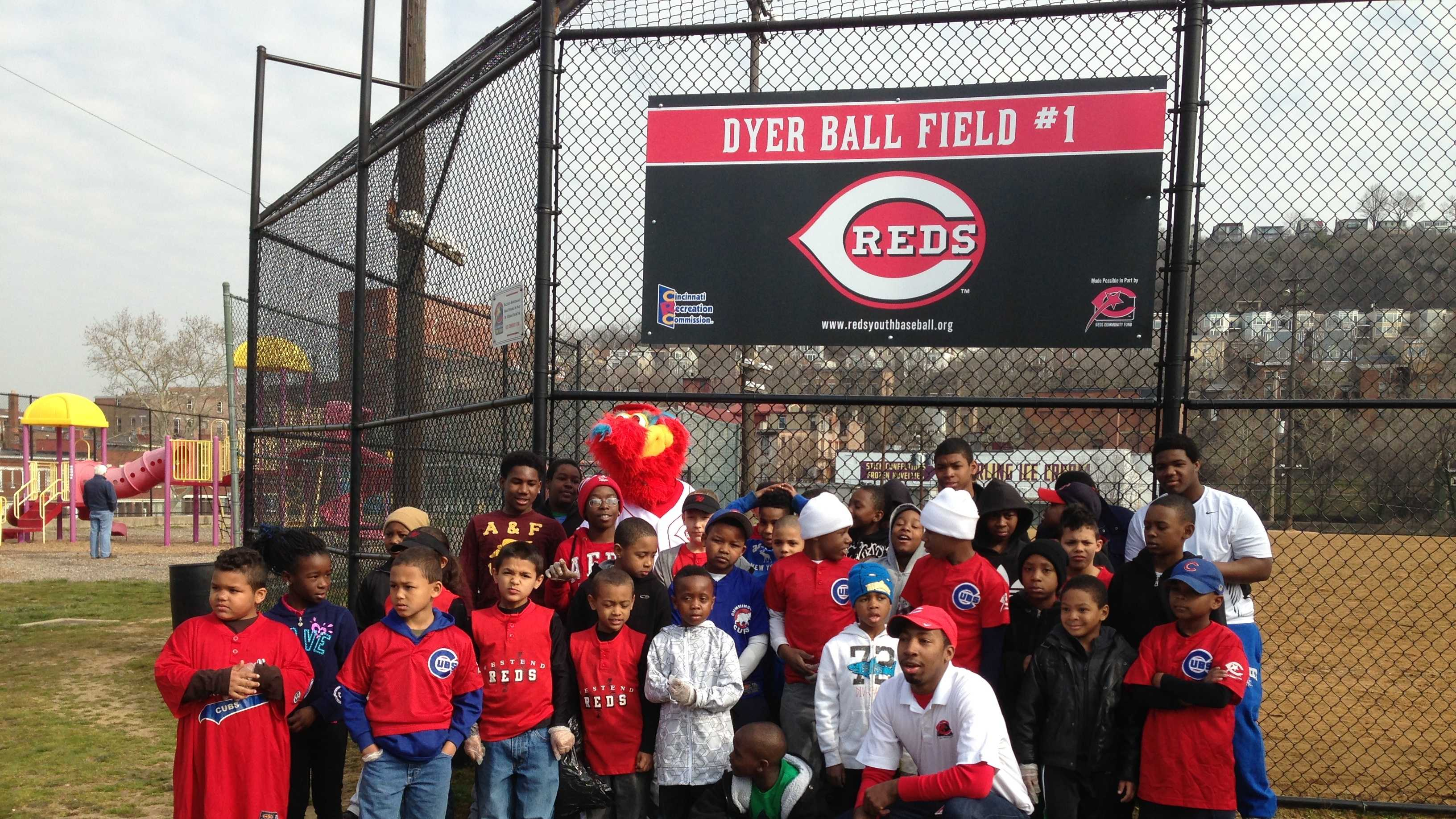 img-Reds community service day