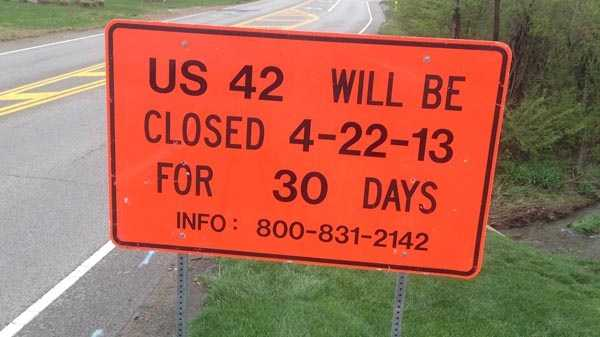 US 42 closed sign