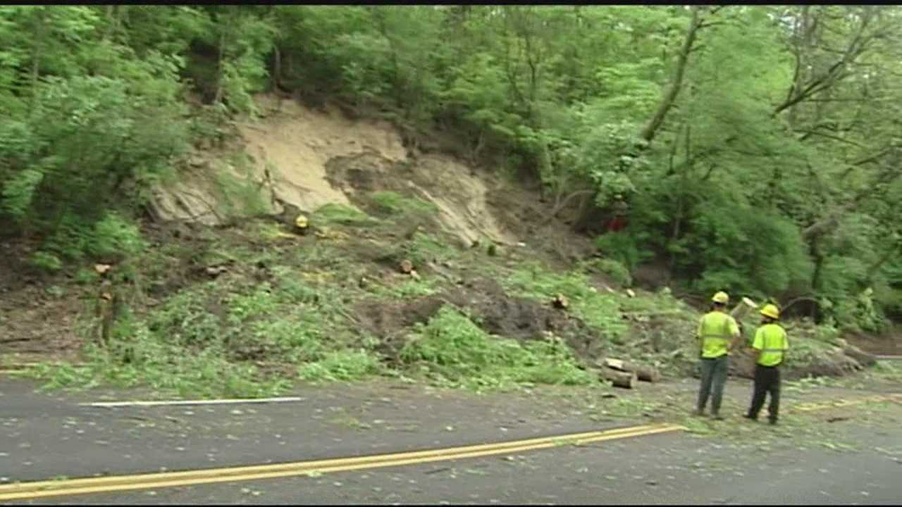 Crews cleaning up after mudslide closes Cincinnati street