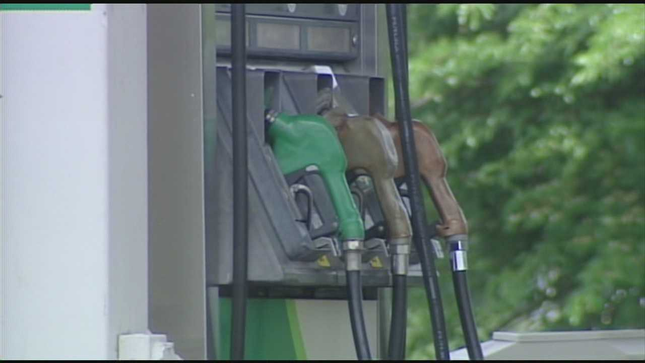 Gas prices expected to stay high through Memorial Day weekend