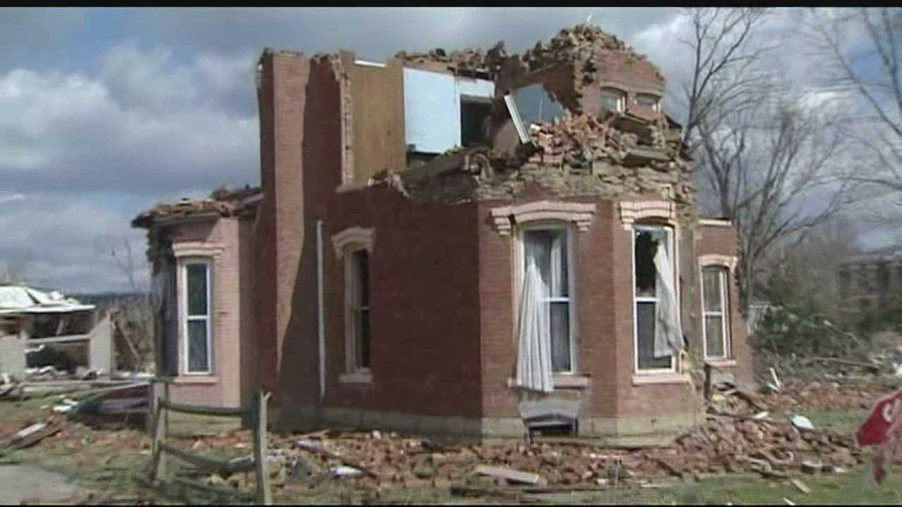 Moscow tornado first responders recall rescue efforts, pray for Okla.