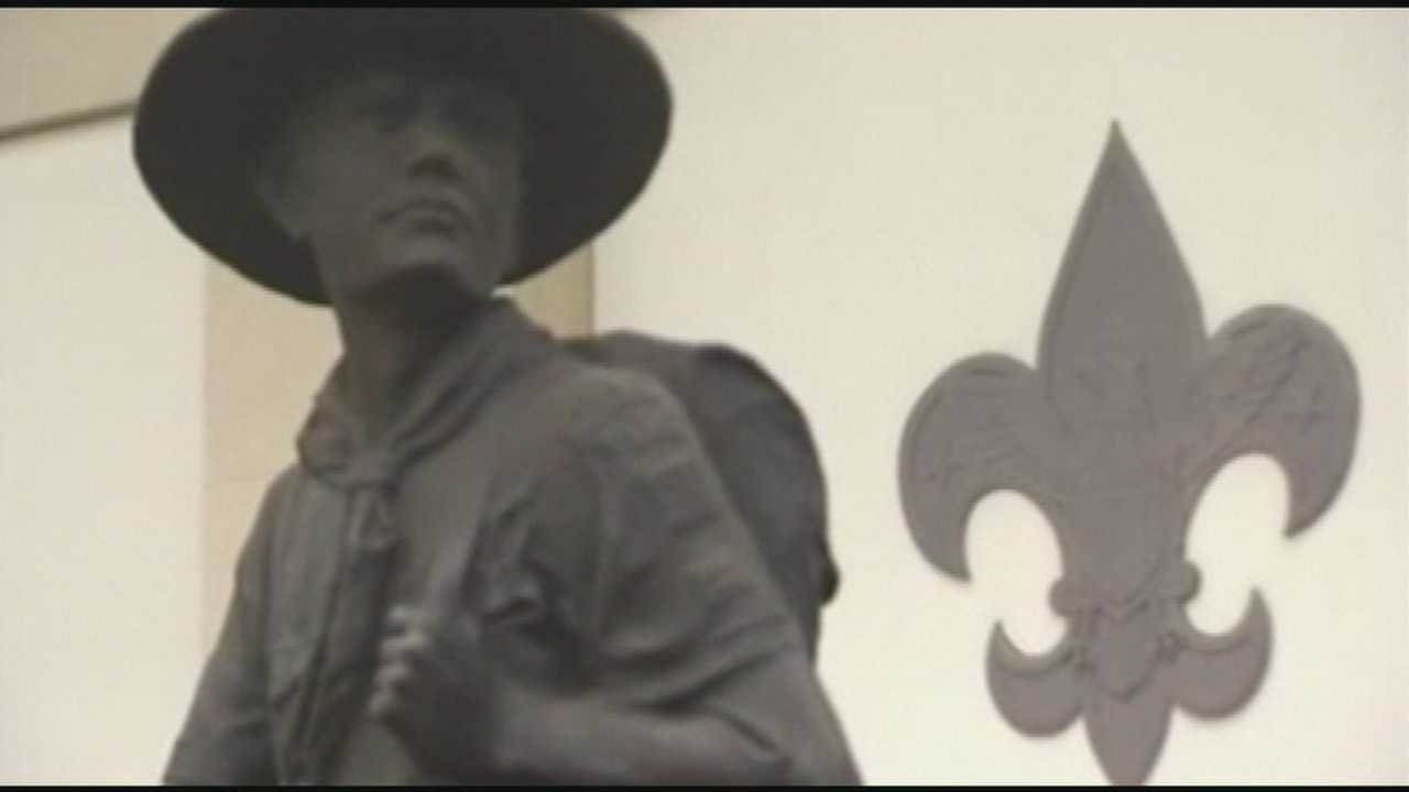 After vote on gay youth, Scouts face more turmoil