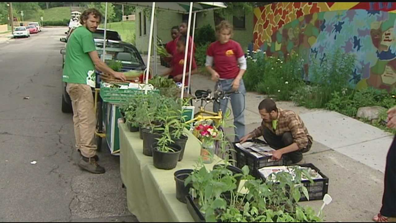 Mobile vendors can sell produce in neighborhoods where it's grown