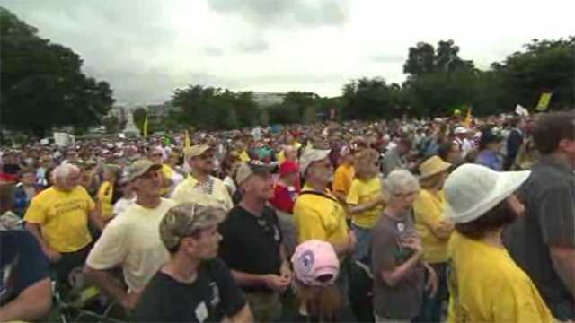 Tea party protesters at Capitol