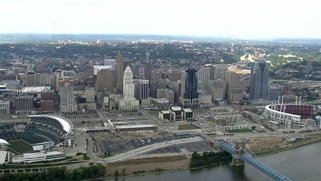 Cincinnati city skyline.jpg