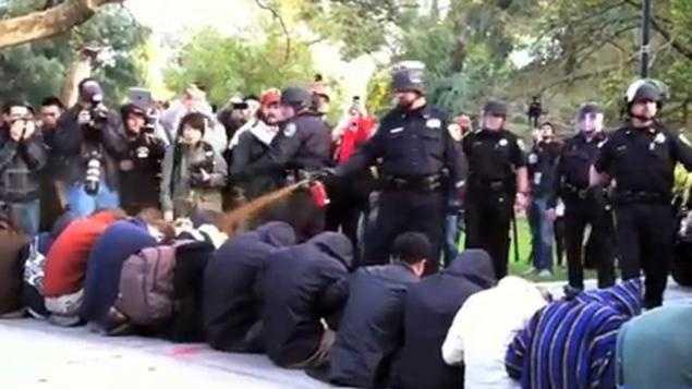 Cop pepper sprays students.jpg