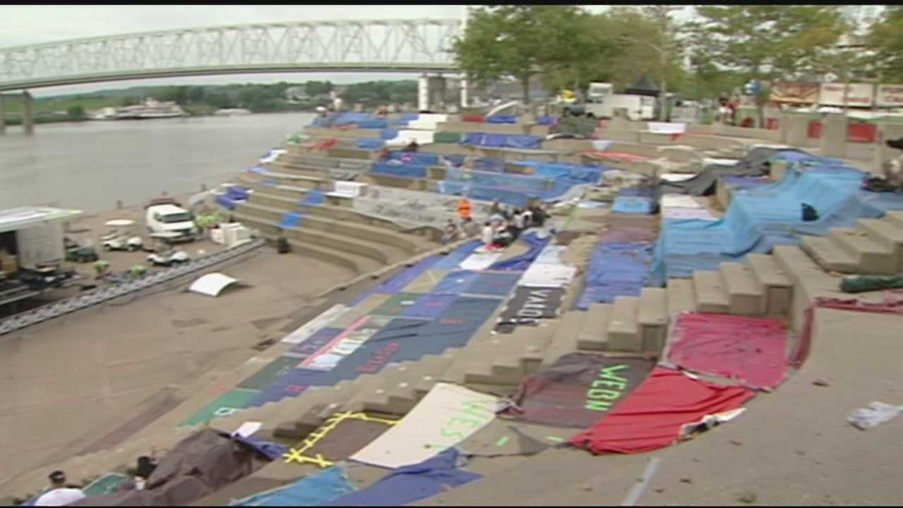 Thousands prepare for Riverfest tradition