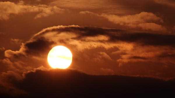 Generic hot sun clouds.jpg