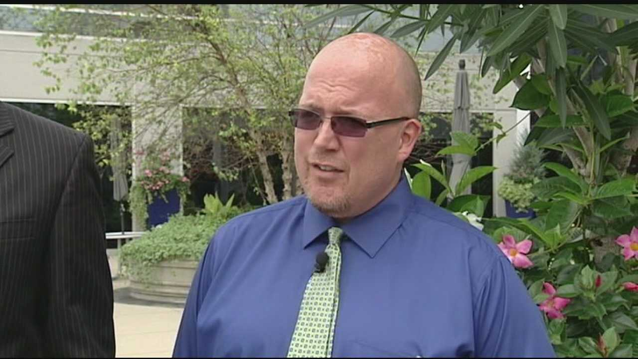 img-Holmes HS band director fighting back against text message allegations