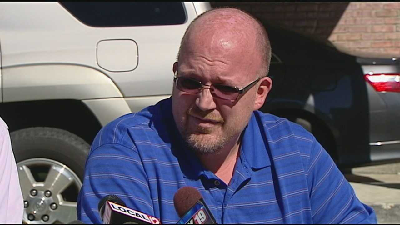 Former Holmes HS band director speaks out about text allegations