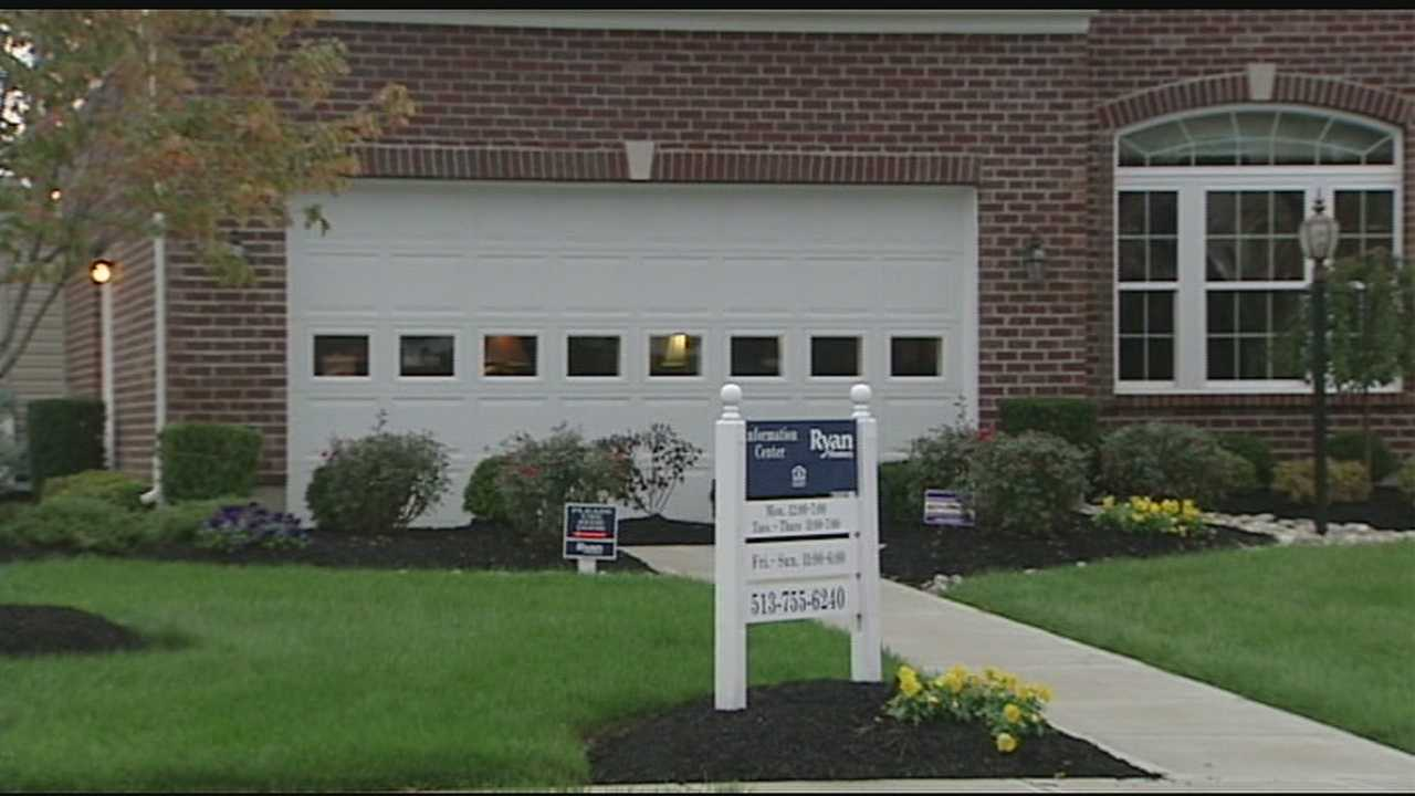 Employee attacked, robbed at Butler County model home
