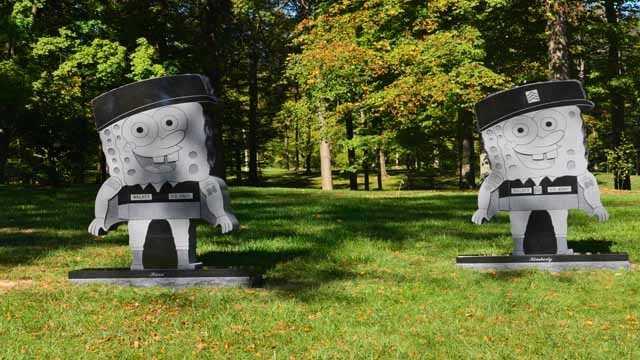 102013 spongebob headstone (10).JPG