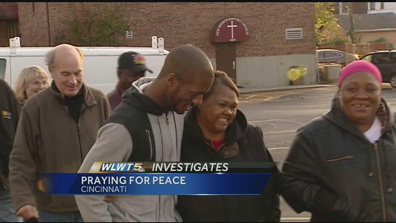 Officers investigate Avondale homicide