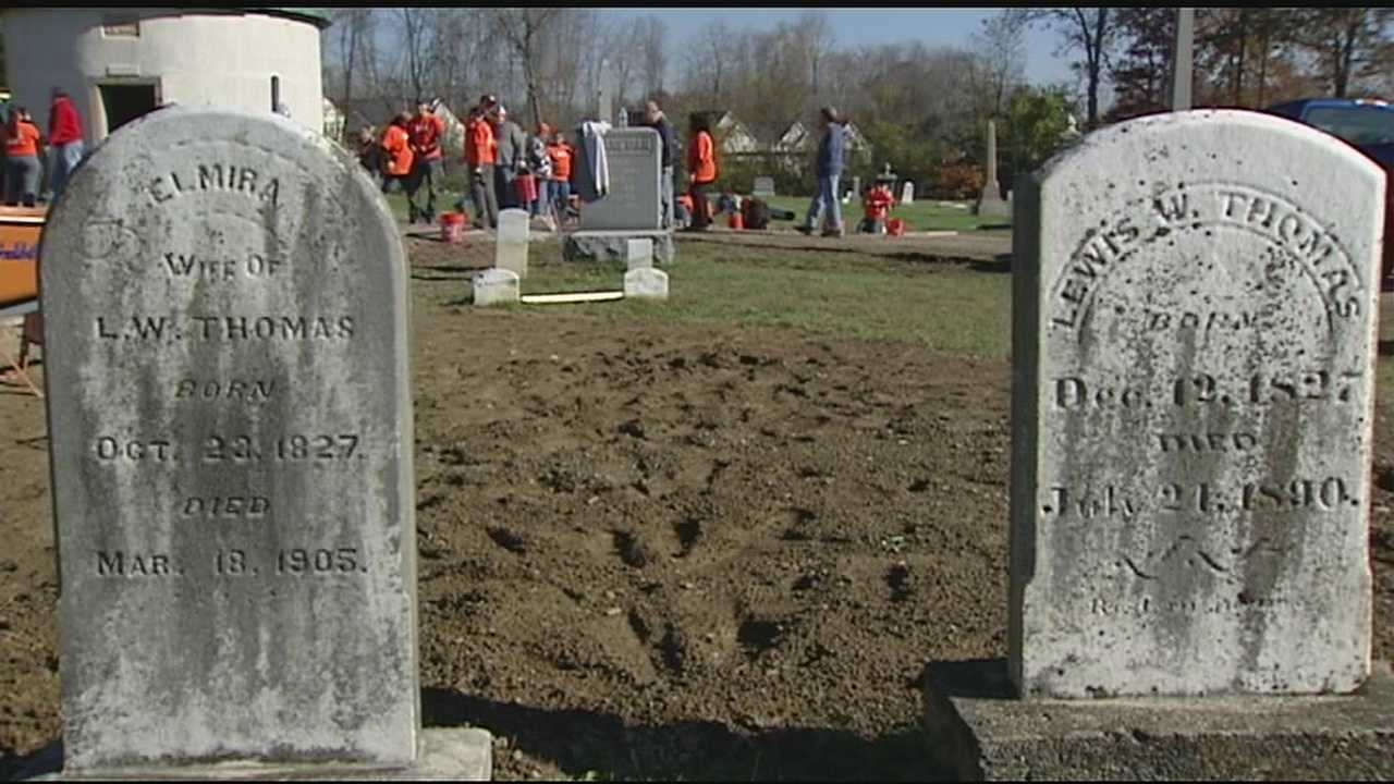 Volunteers team up for makeover at cemetery in Amelia