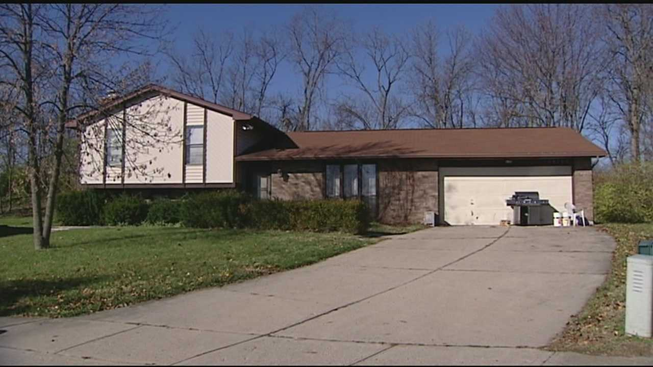 Man claims abandoned homes are up for grabs