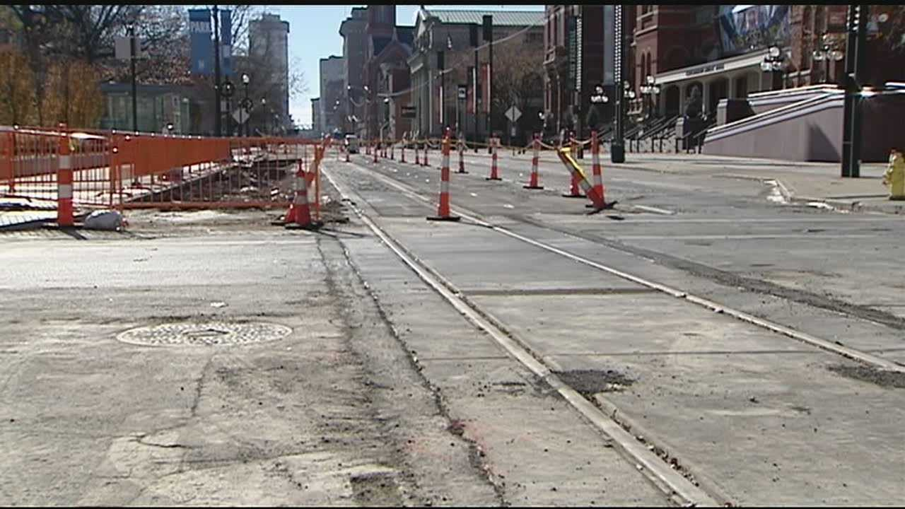 Streetcar project construction stopped on Thanksgiving Day