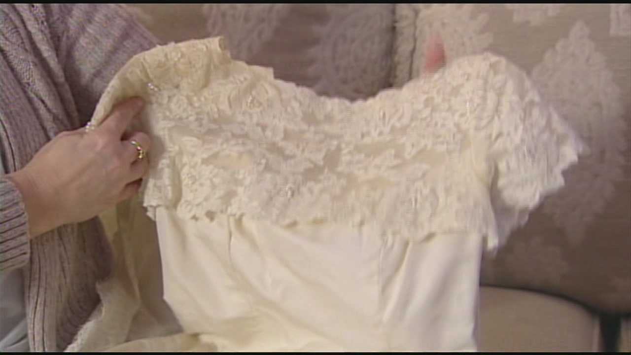 Mom learns wedding dress she saved for daughter wasn't hers