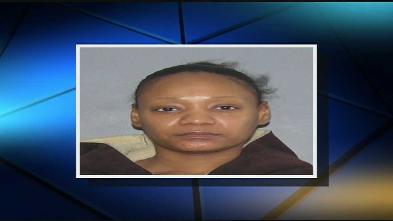 Mom charged with attempted murder after infant's near-drowning