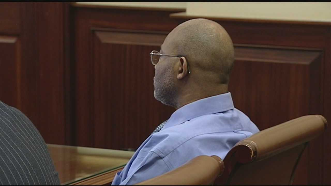 Convicted killer Alfonso Williams on trial for 1998 rape