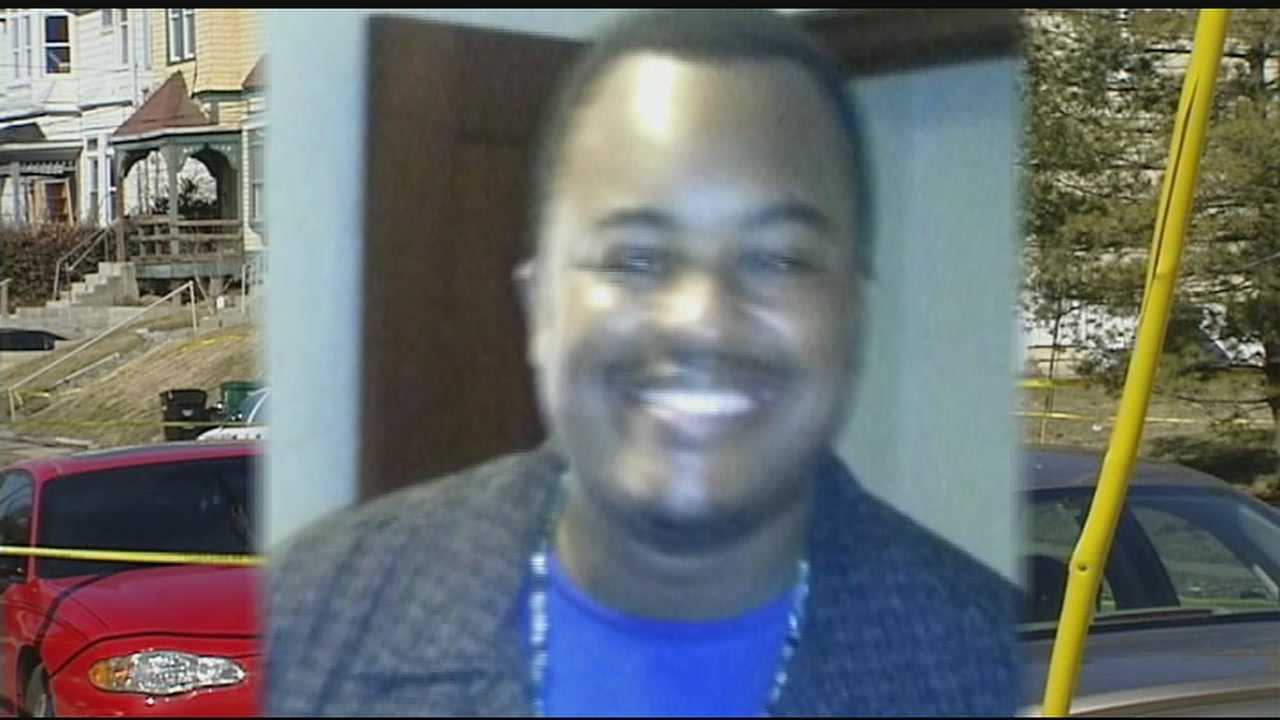 Police: Man shot, killed by officers admitted killing mother to 911 dispatcher