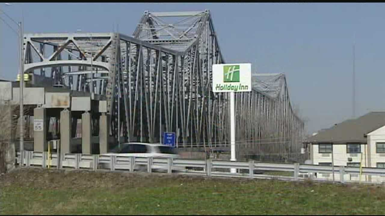 Getting new Brent Spence Bridge had business leaders on move Tuesday