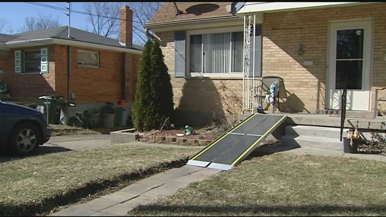 Person steals 9-year-old's wheelchair ramp in broad daylight