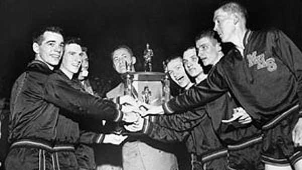 milan-1954-team-trophy-indians-hoosiers-03202014.jpg
