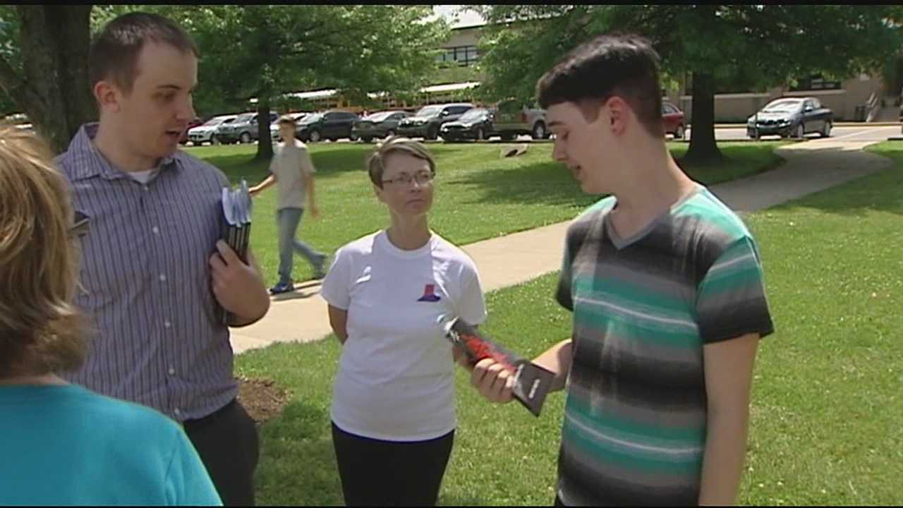 Boone County high school students pass out literature on atheism