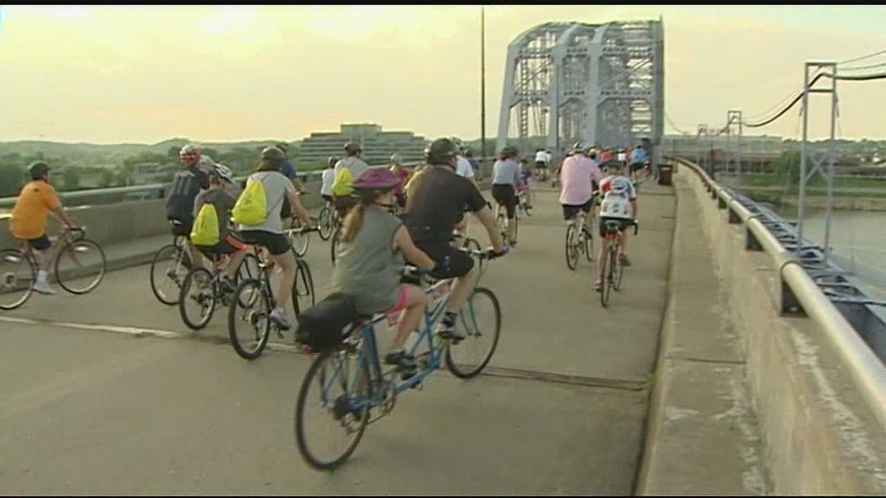 More than 2,000 participants biked to raise money in support of cancer research.