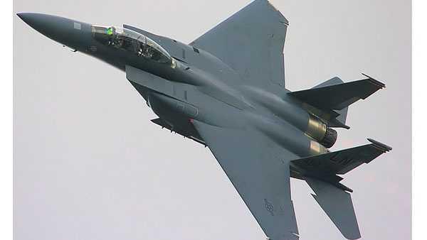 fighter jet 07032014.jpg