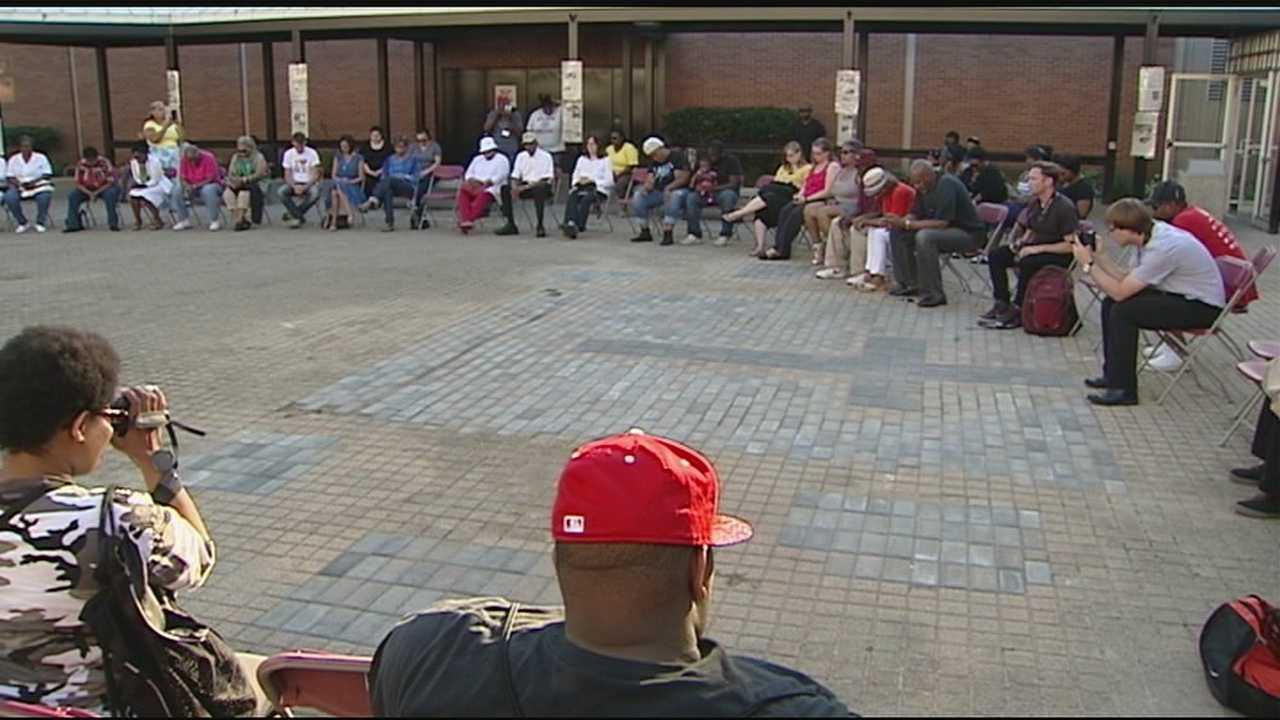 Cincinnati gathers in solidarity with Ferguson, Missouri