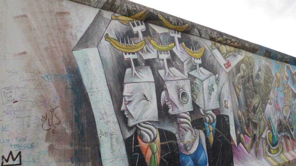 Fall Of The Berlin Wall   Fun Facts About The Berlin Wall