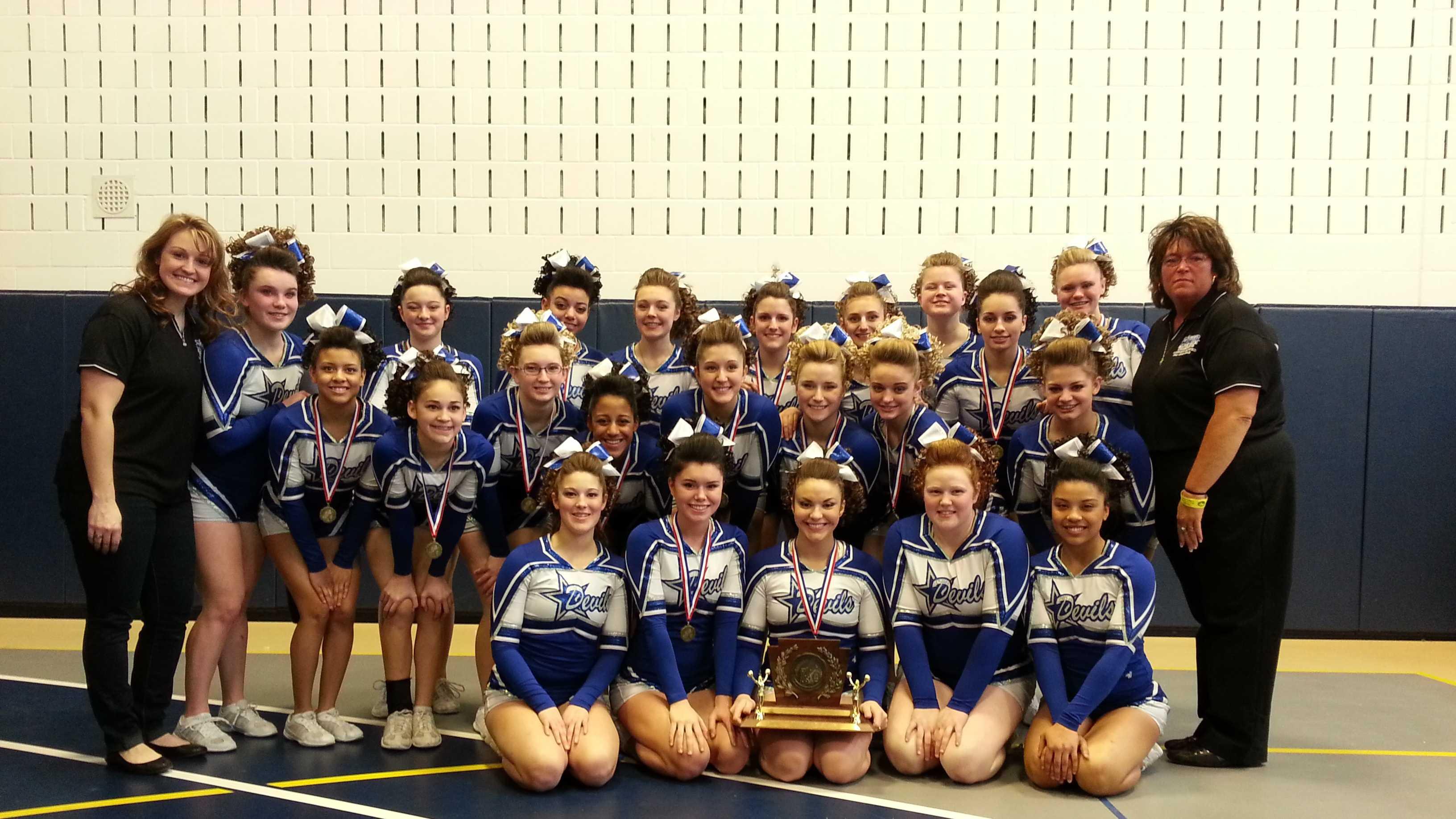 Lewiston High School cheerleaders