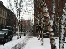 The snow is wet and heavy in Portland