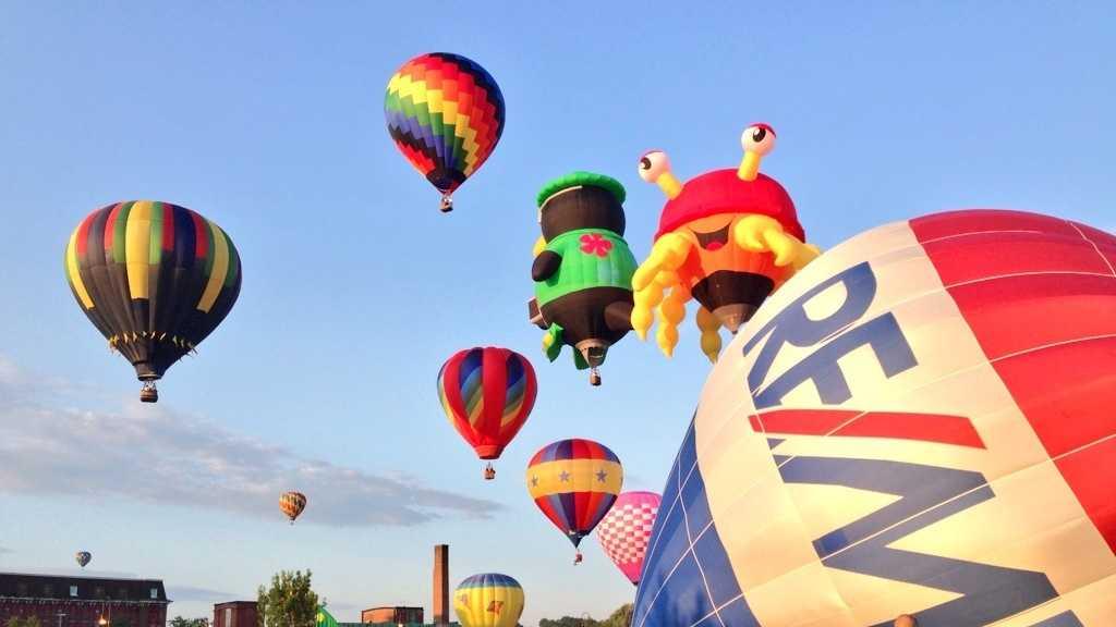 Balloons Saturday3.JPG