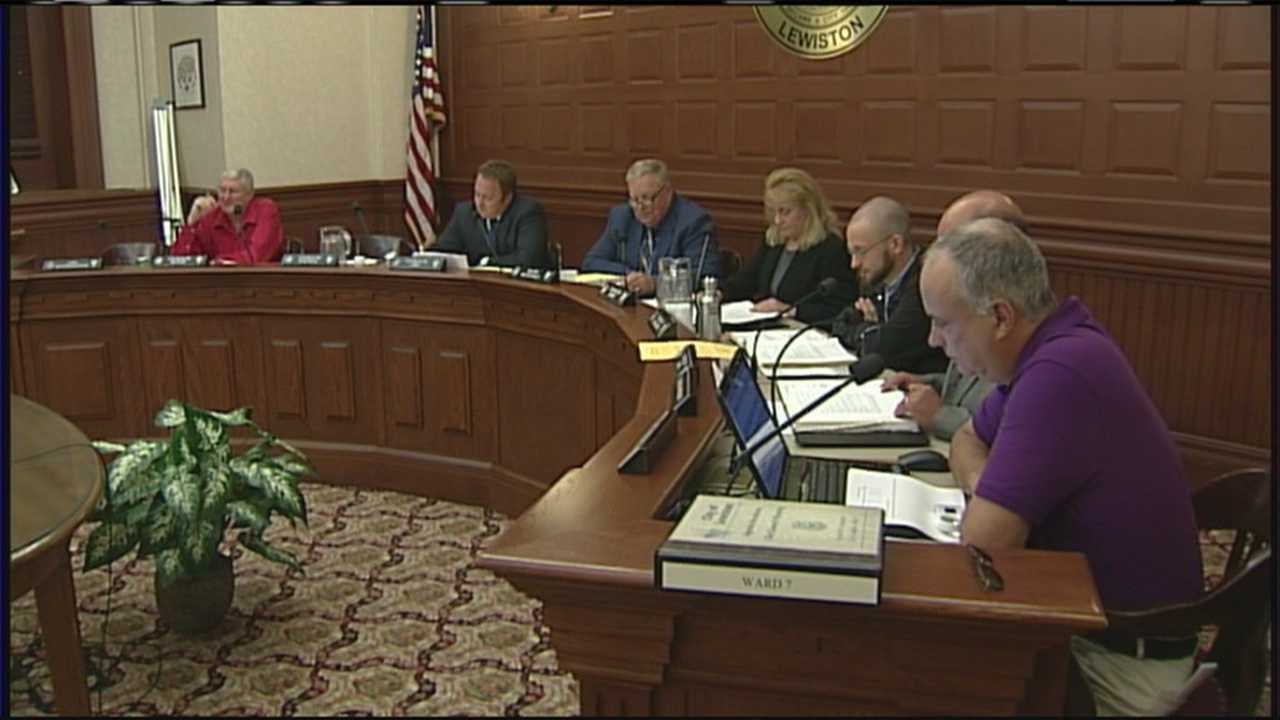 img-Lewiston City Council approves panhandling ordinance