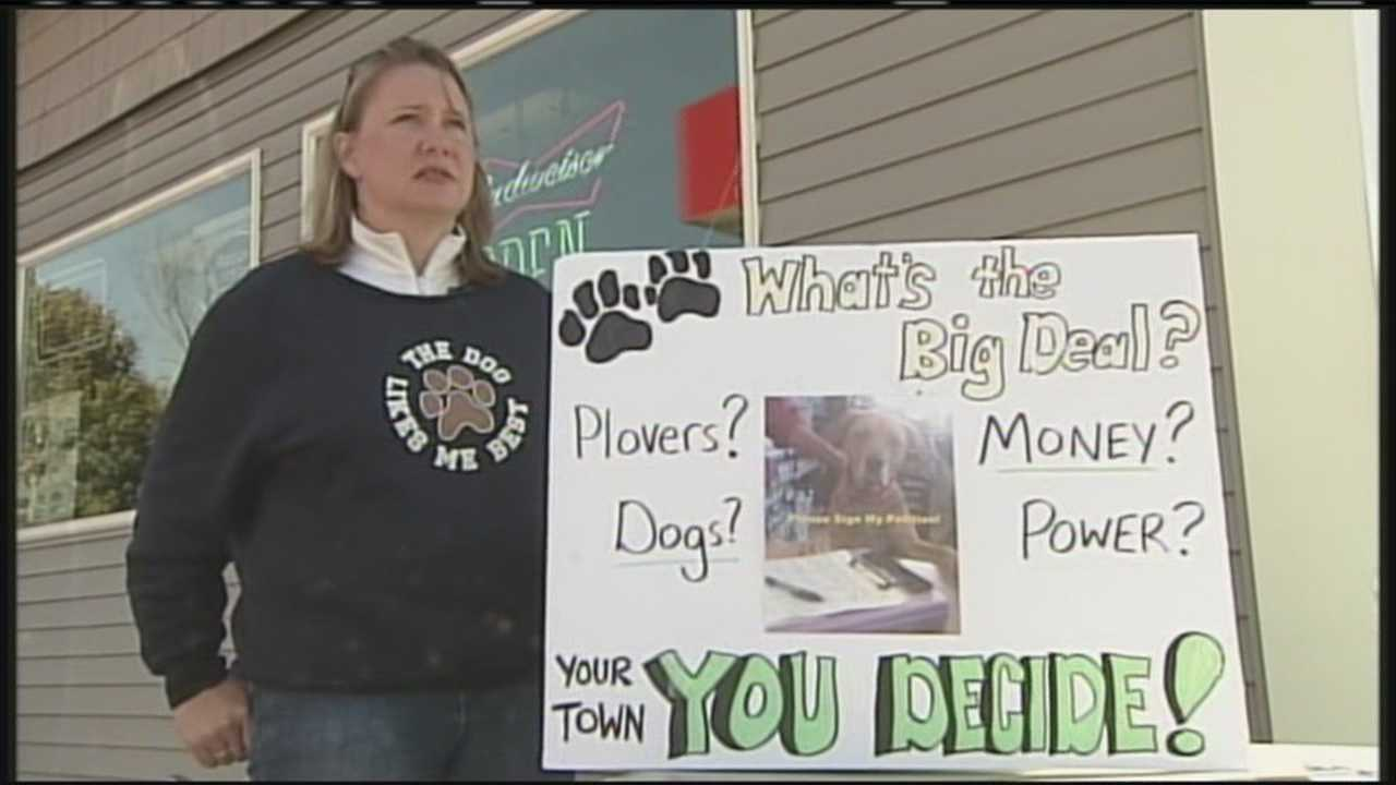 Group petitions to overturn Scarborough leash law