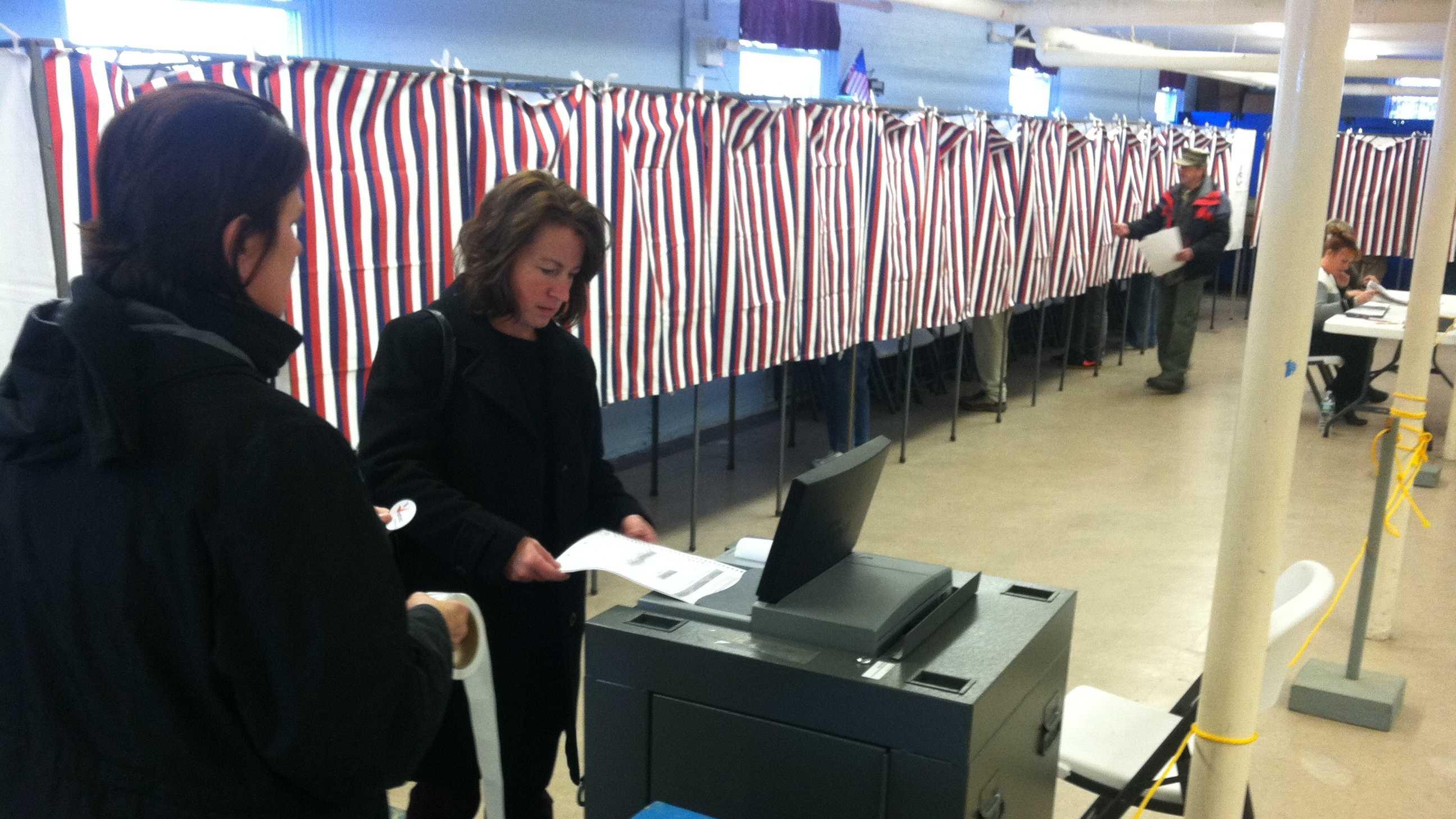 Voting in South Portlan