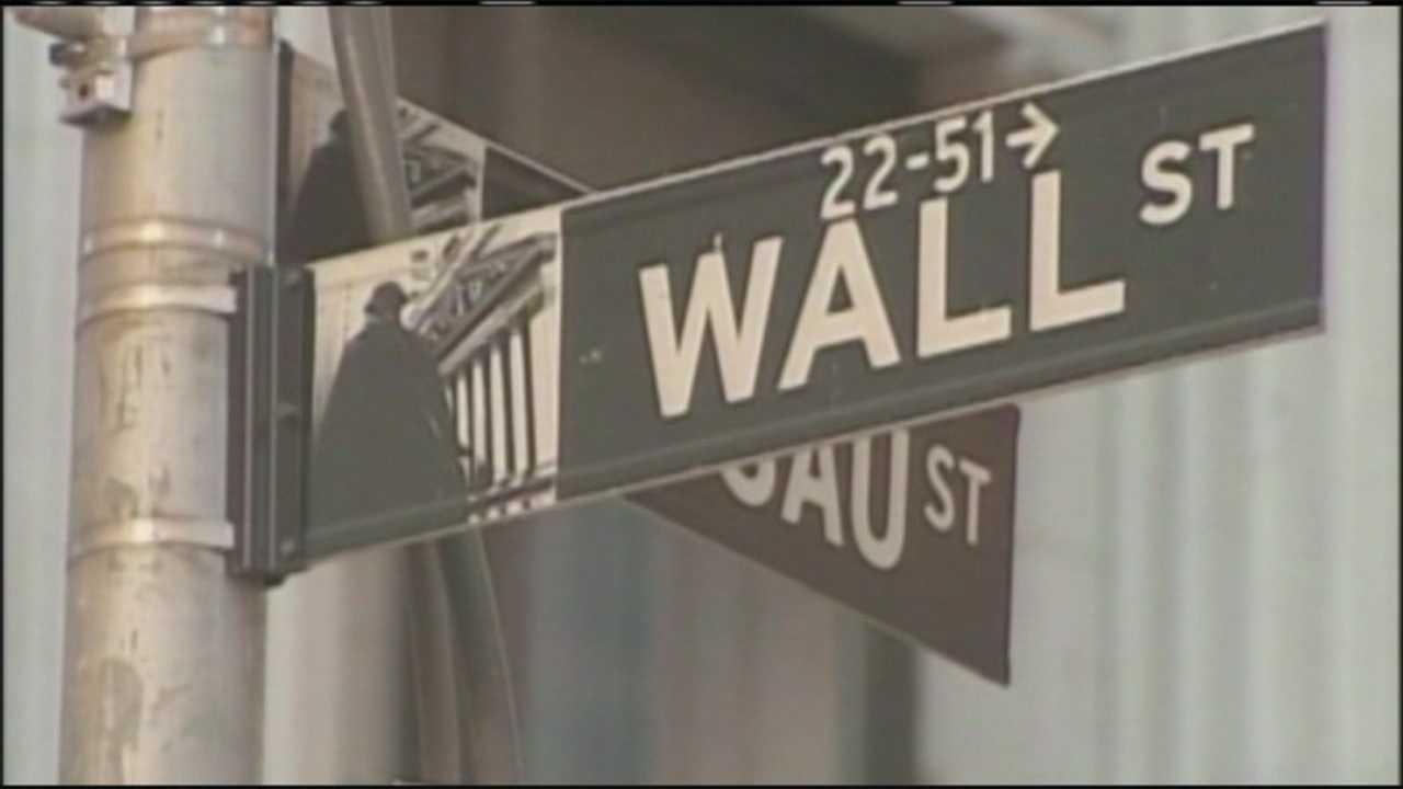 img-Stock market stumbles to worst year since 2009