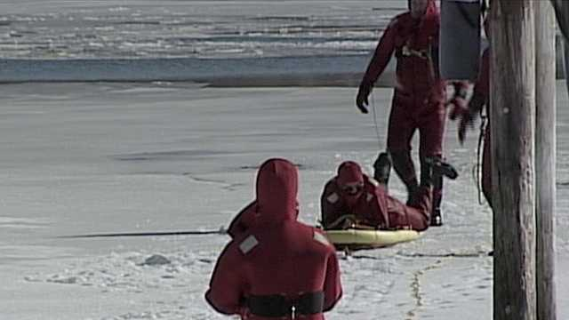 First responders train for cold-water rescues
